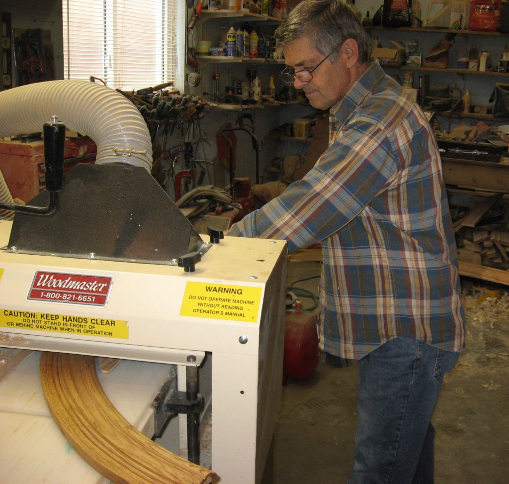 Among many other things, Canadian, Ferdinand Bellavance makes curved molding with his Woodmaster 725.