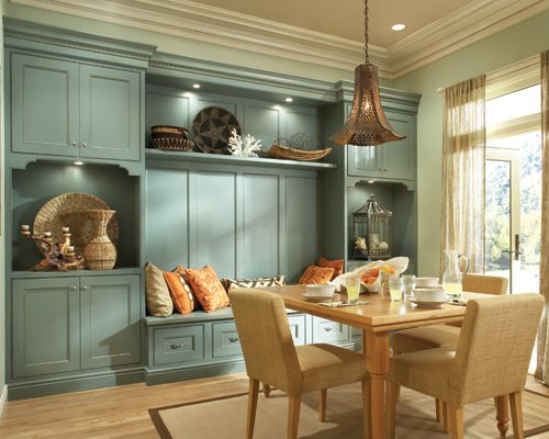 Kurt and his wife, Andrea, run Zolman Fine Cabinetry. This outstanding kitchen is from their Medallion Platinum Series.