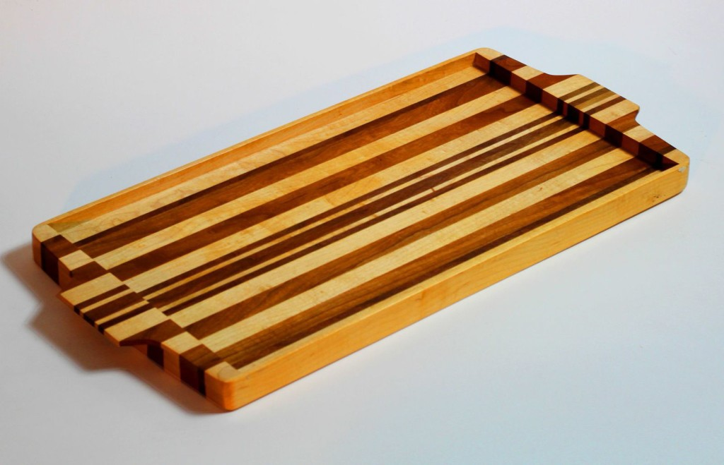 Simply beautiful? Or beautifully simple? We think Vern's serving tray is both.