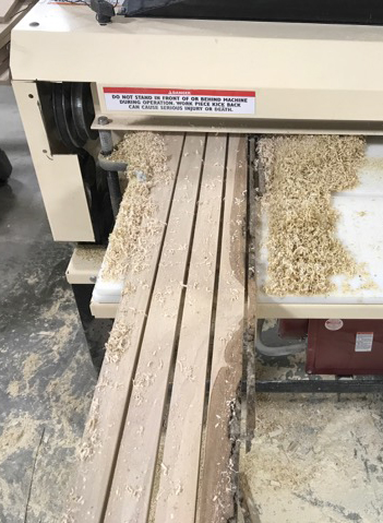 Here's the Woodmaster's gang rip saw feature in action. 1 board in, perfect blanks out.